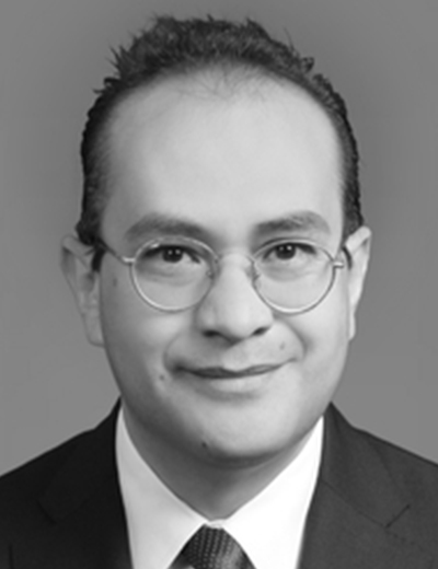 Arturo del Castillo is an Associate Managing Director